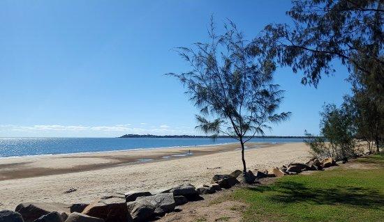 Mackay Blacks Beach Holiday Park Photo