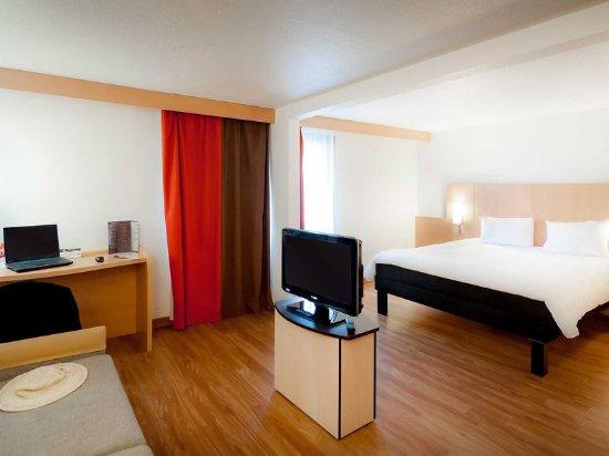 Ibis Paris Maisons Laffitte : Guest Room