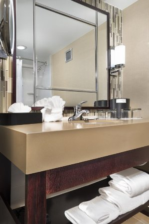 Crowne Plaza  Resort Asheville: Unwind in our newly redesigned bathroom with spa like features.