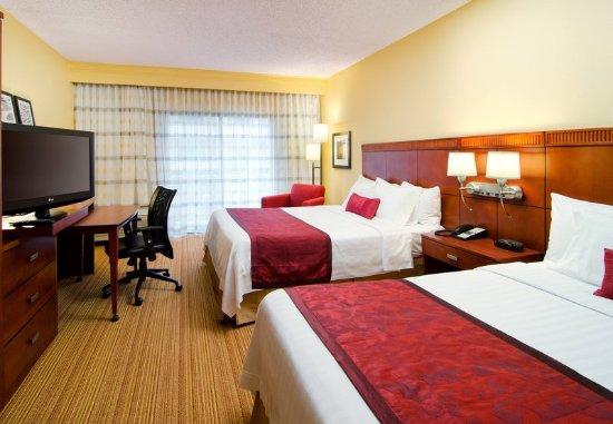Eden Prairie, Minnesota: Queen/Queen Guest Room