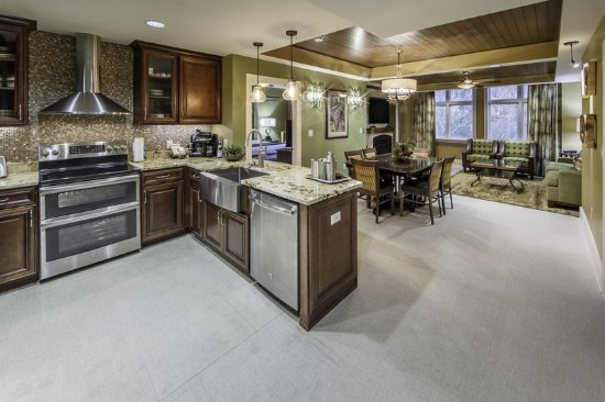Holiday Inn Club Vacations Smoky Mountain Resort: Signature Collection 2-bedroom kitchen
