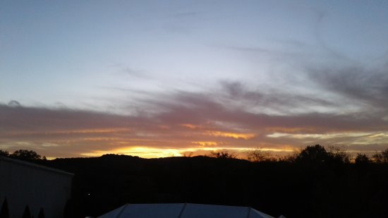 Arrington, TN: This is why I highly recommend going at sunset!