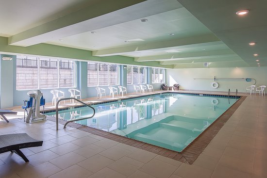 Norwood, MA: Swimming Pool