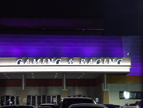 Southland Park Gaming and Racing: Outside