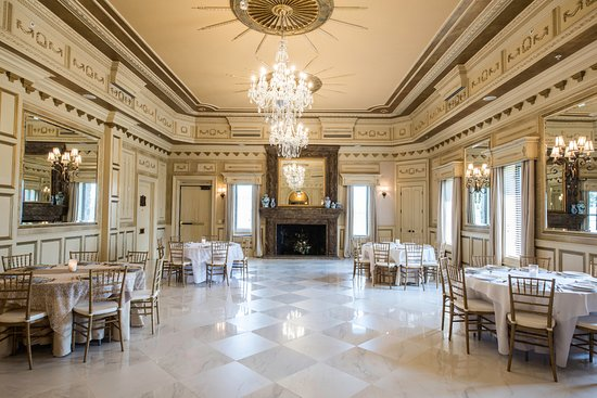 Castle Post Updated 2018 Prices Reviews Versailles Ky Tripadvisor