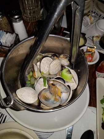 The Fisherman's Restaurant and Bar: Bucket of clams