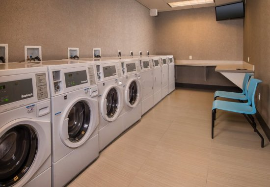 Altoona, PA: Guest Laundry