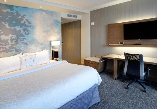 Muncie, IN : King Guest Room