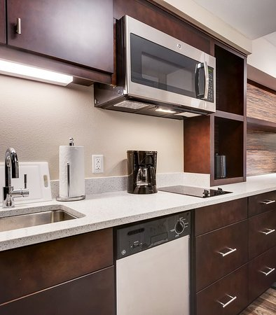 Loma Linda, Californien: Fully Equipped Kitchen with Stovetop