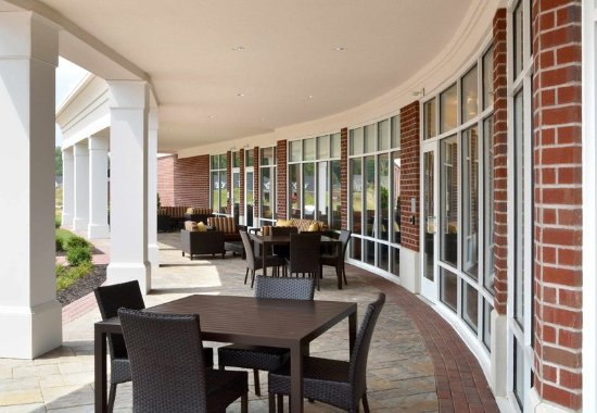 Canfield, OH: Outdoor Patio