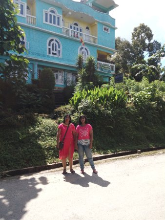 Rinchenpong, Indien: I had stay at there on 04/10/17 & 05/10/17. Very nice hotel