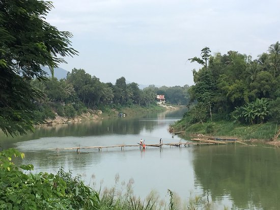 The bamboo bridge was in the process of being rebuilt at the beginning of November.