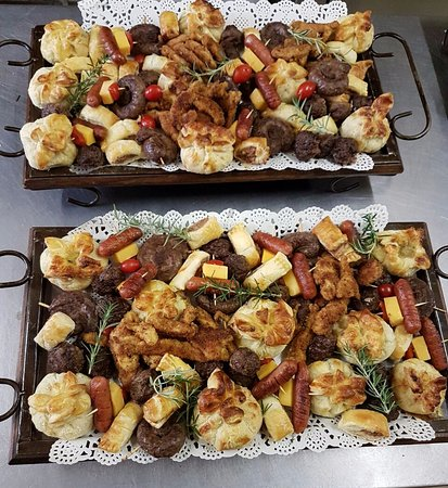 Bronkhorstspruit, Sudáfrica: We have a large variety of sweets & salt's, platters that can be specially customised to your ta