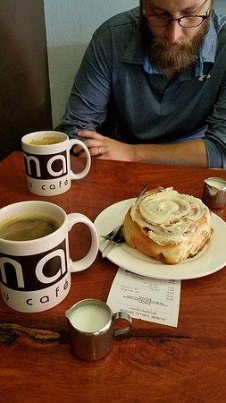 Joma Bakery Cafe: 20171028_092936_large.jpg
