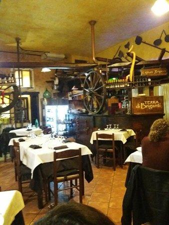 Castelforte, Italia: interno