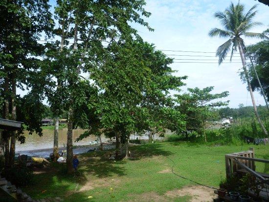 Sukau, Malasia: View of the Kinabatangan from the verandah