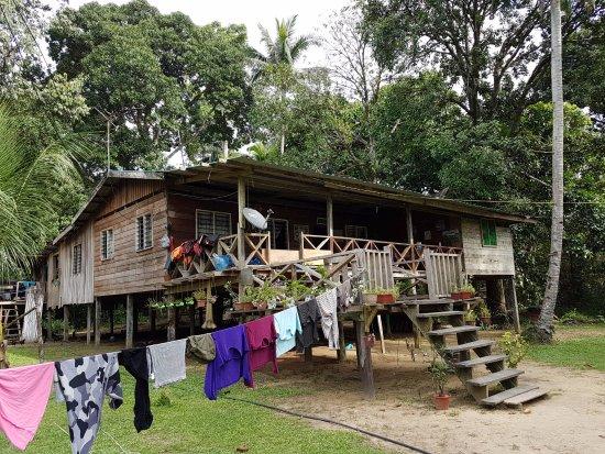 Sukau, Malasia: Yanie's home