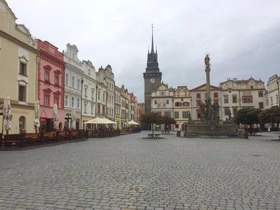 Der wundervolle zentrale Platz in Pardubice