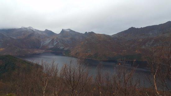 Svolvaer, Noruega: View from first summit.
