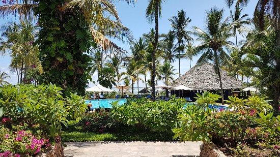 Breezes Beach Club Spa Zanzibar 20171109 110646 Large Jpg
