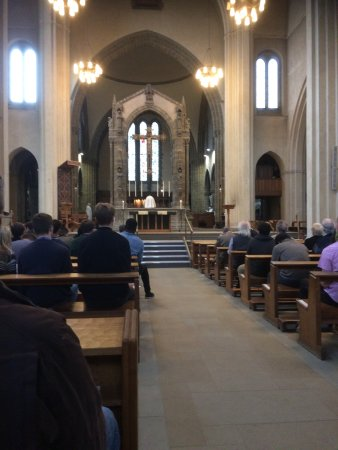 Ampleforth, UK: The main altar for Holy Mass