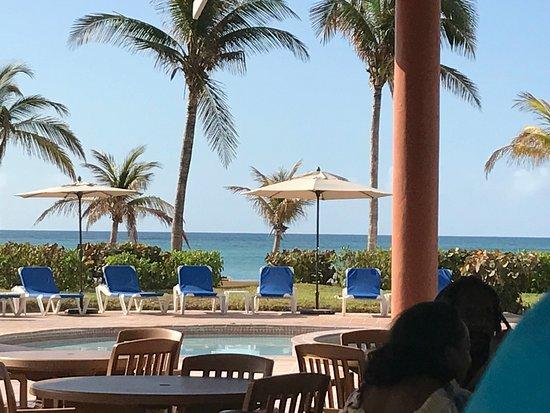 Island Seas Resort Reviews