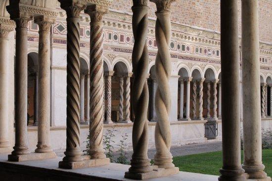 Chiostro Lateranense