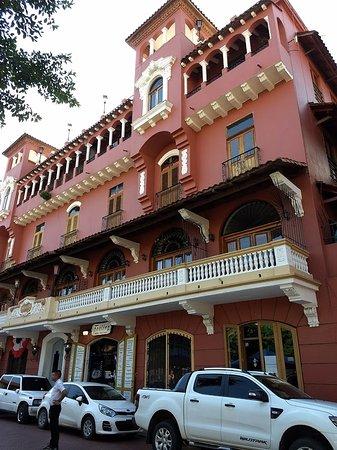Residencia Casco Viejo.