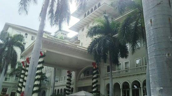 Moana Surfrider, A Westin Resort & Spa: DSC_1899_large.jpg