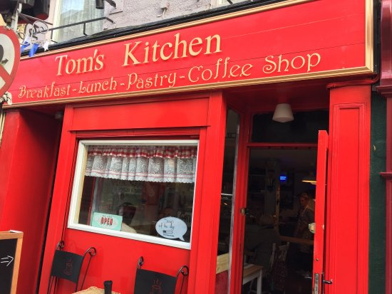 Breakfast all day! Great lattes! Best customer service. A ten star cafe in a five star world! Ch