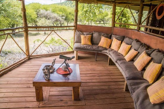 Lake Manyara National Park, Tanzania: Relax with views over The Great Rift Valley