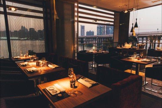 99 Sushi Bar & Restaurant: Sunset