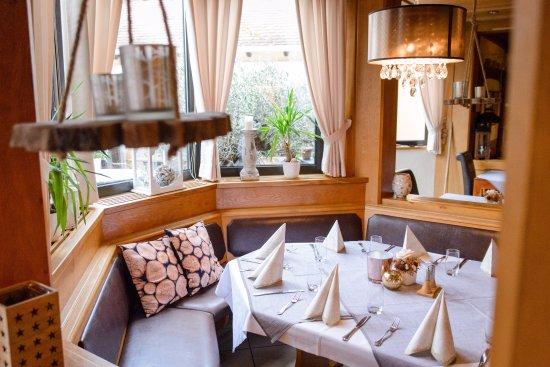 hotel mainzer hof mit restaurant fabrizio heidesheim restaurant reviews phone number. Black Bedroom Furniture Sets. Home Design Ideas