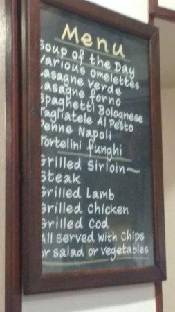 Mimos Cafe Bar: cardápio na parede