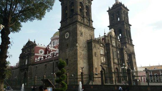 Catedral Basilica de Puebla : 20171031_162651_large.jpg