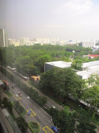 Sheraton Towers Singapore: City from a pool view room