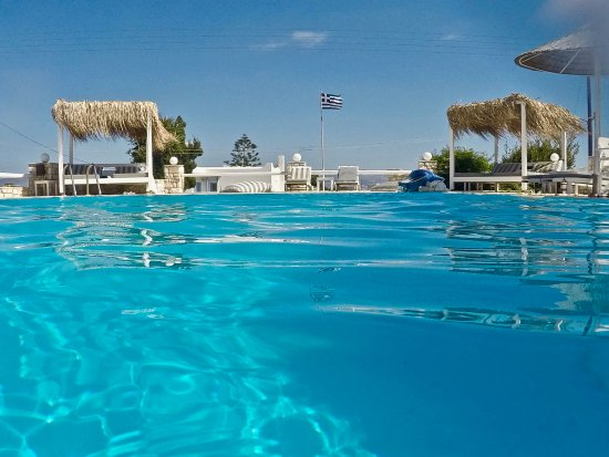 Ampelas, Griechenland: by the pool