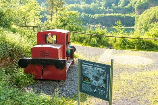 Basaltpark Wanderweg