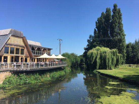 Riverside Cafe at Jordans Mill照片