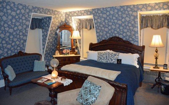 Chester, VT: Victoria Suite King