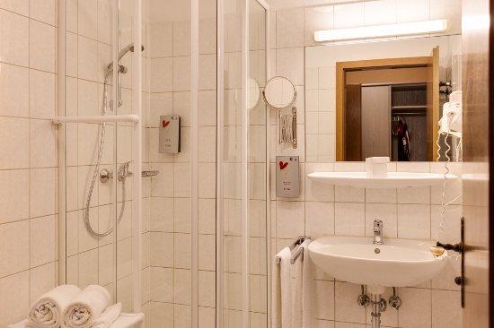 Erfweiler, เยอรมนี: Badezimmer