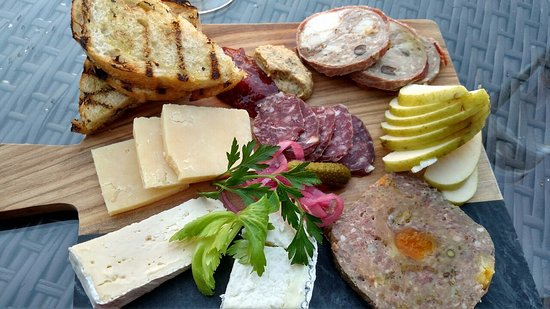 Driftwood Lodge: Charcuterie and Cheese (Wild Boar Country Pate, Venison Salami, Rabbit in Porchetta, various che