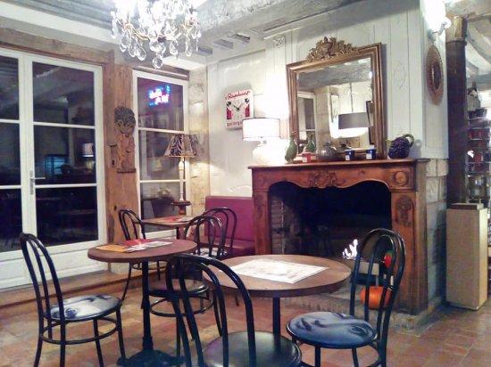 Côté créations - Picture of Salon de the de l\'ancien Presbytere ...