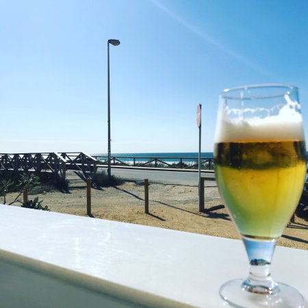 El Palmar, Ισπανία: Гаспачо и кальмар а-ля Планча , ну и пивка