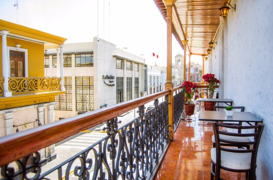 Le Foyer Hotel Arequipa : View from the quadruple room with balcony foto di le