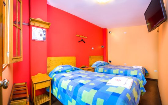 Le Foyer Hotel Arequipa : One of our twin rooms with private bathroom foto di le