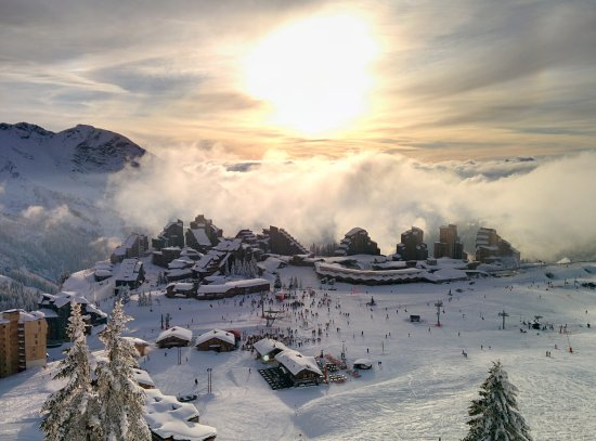 Morzine-Avoriaz, Frankreich: Avoriaz 1800, join us above the clouds !