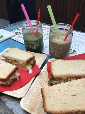 Sandwitches And Smooties Bild Von Pit In Club Dusseldorf