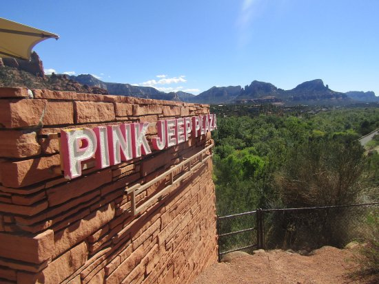 Pink Jeep Tours Sedona: Signage