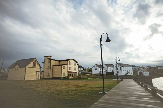 The Harbour Quarters Inn: View from the boardwalk